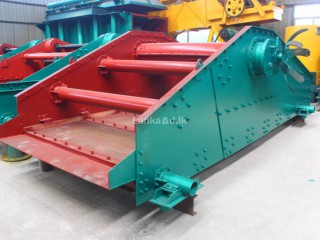 Single deck vibratory screen for dewatering and desliming